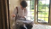 تصاویر | جوانی که با مد قرنهای پیش لباس میپوشد!