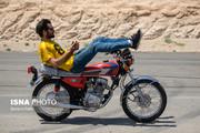تصاویر   فستیوال تکچرخ و حرکات موزون با موتور!