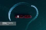 عکس | مانور قایقهای تندرو سپاه در اطراف نفتکش انگلیسی