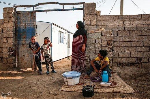 برای اینکه روستاییان به زندگی عادی خود برگردند و کنار منازل خود باشند، کانکسها در روستا قرار داده شدهاند