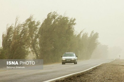 باد شدید و گردوخاک مهمان مناطق شرق کشور