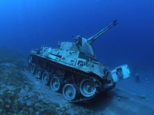 موزه جنگ در اعماق دریای سرخ واقع در جنوب بندر عقبه اردن