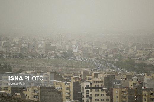 افزایش موقتی ذرات معلق در هوای تهران طی روز ۵ مرداد