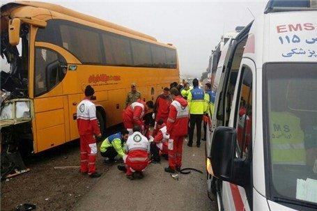 ۳۶ مصدوم و کشته بر اثر تصادف خاور با اتوبوس در جاده نیشابور