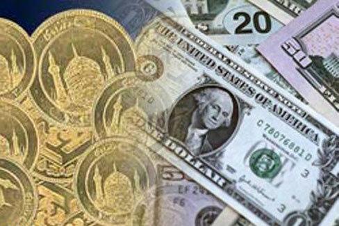 قیمت ارز در بازار کاهشی، در بانکها افزایشی
