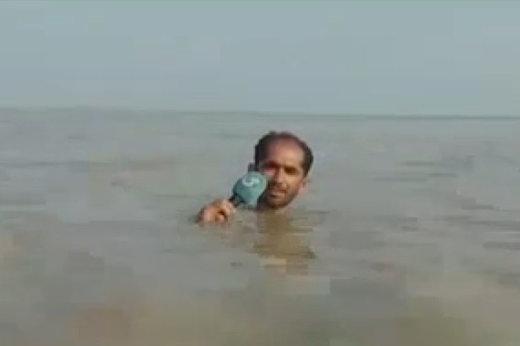 فیلم | گزارشگر پاکستانی روی دست «حسینیبای» زد!
