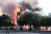 فیلم | کلیسای ۱۰۰ ساله تگزاس در آتش خاکستر شد