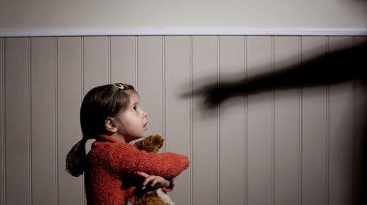 پای کودکان هم به تخلفات مالی باز شد/ شکایت از کودک ۳ ساله متخلف
