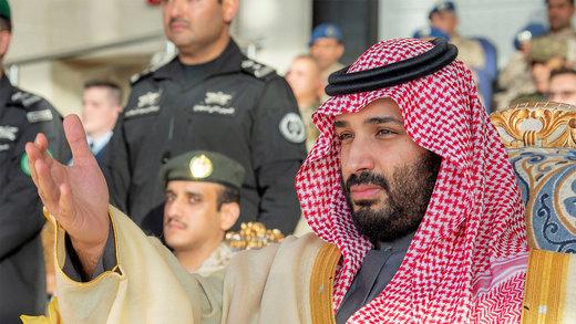 عربستان برای مقابله با تبعات کاهش درآمد نفتی چه میکند؟