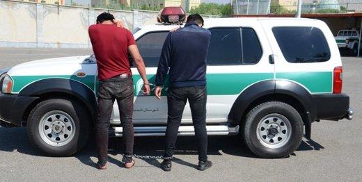 دزدان ناشی با هفتتیر قلابی به طلافروشی زدند