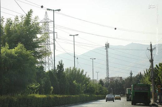 زندگی در مجاورت دکلهای فشار قوی برق تهران