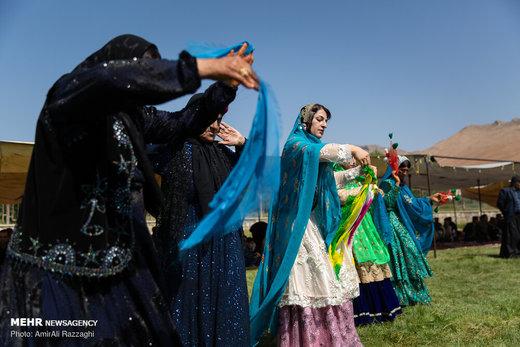 موسیقی و رنگ در عروسی بختیاری