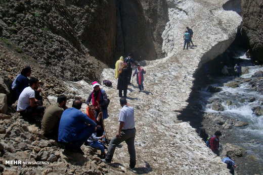 تونل برفی استان لرستان