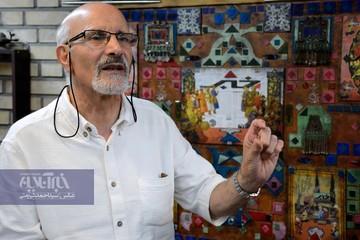 چه شد که «آقای نمایش ایرانی» خودآموز بازیگری نوشت