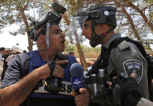 خبرآنلاین - عکس | درگیری خبرنگار ایرانی با سرباز اسرائیلی