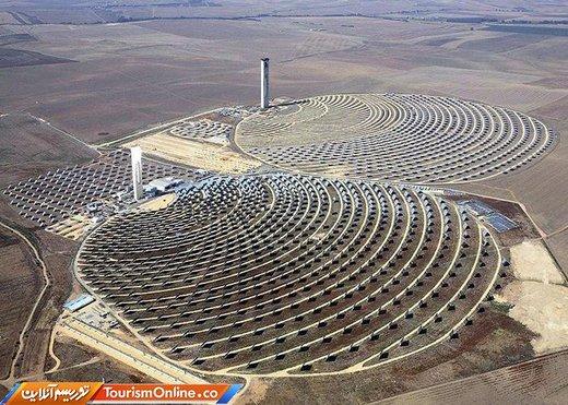 برج های خورشیدی ۱۱۵ متری سویل در اسپانیا