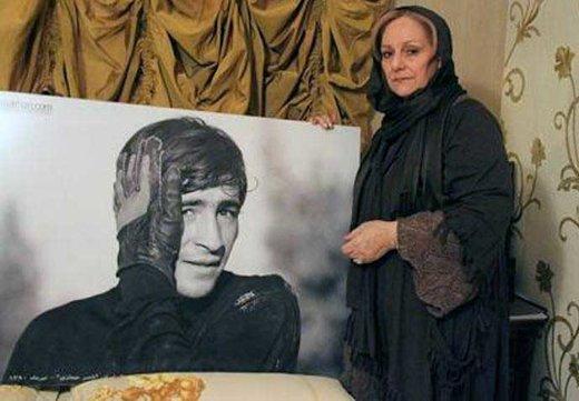 همسر ناصر حجازی: استادیوم از پارک و خیابان و ماشین که امنتر است