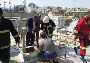نجات کودک ۵ ساله از کانال ۷ متری