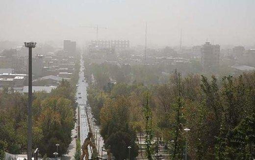 هوای تهران آلوده برای گروههای حساس