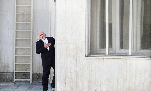 دیپلماسی ترامپ در قبال ایران نمایشی تمسخر آمیز است