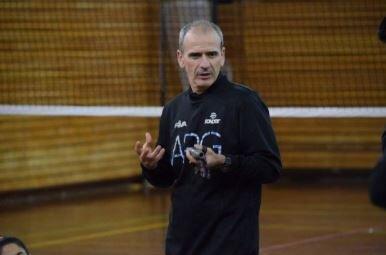 ورود مربی سابق والیبال ایران به آمریکا ممنوع شد