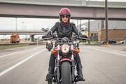 موتورسواری زنان در هاله ای از ابهام! / آخرین وضعیت حقوقی موتورسواری زنان چگونه است؟