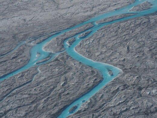 ذوب شدن یخها بر اثر موج گرما در گرینلند
