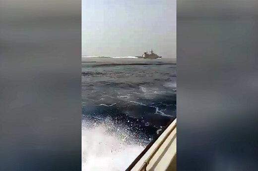فیلم | فرار «ناوچه انگلیسی» از دست نیروهای سپاه در آبهای خلیج فارس