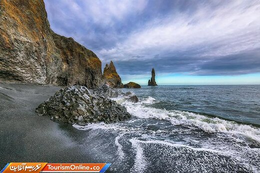 شش : ساحل رینیسفارا –ایسلند-