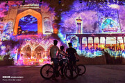 تصاویر | نورپردازی سه بعدی روی دیوار ارگ کریمخان شیراز