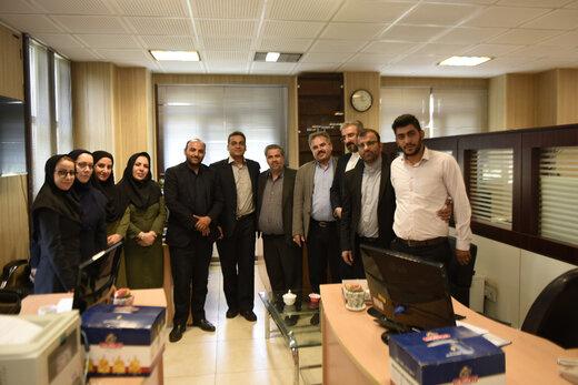 دیدار اعضای هیئت رئیسه شورای هماهنگی روابط عمومی های البرز با مدیرکل روابط عمومی استانداری به مناسبت روز خبرنگار