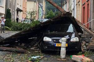 فیلم | لحظات ترسناک گردباد در لوکزامبورگ