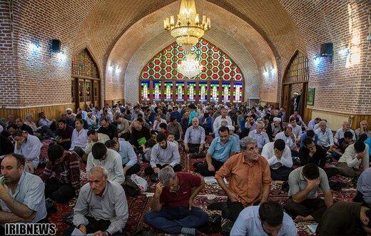مراسم دعای روز عرفه در تبریز