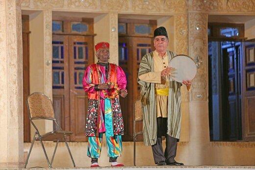 رویدادی هنری که مردم در آن حرف اول را میزنند/ افتتاح جشنواره نمایشهای آیینی و سنتی در کاشان