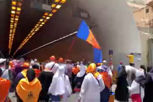 فیلم | «لبیک یاحسین(ع)» زائران خانه خدا در تونل منا