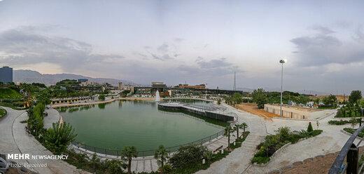 دریاچه و محوطه باغ هنر تهران