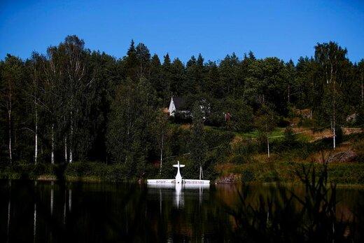 سقوط یک هواپیمای تمام الکتریکی به داخل دریاچهای در آرندال نروژ