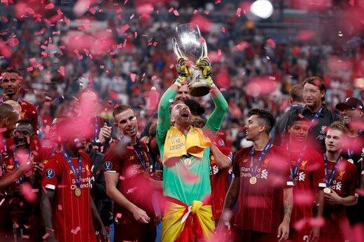 جشن قهرمانی تیم فوتبال لیورپول در مقابل چلسی در سوپر جام اروپا در ورزشگاه وودافون ترکیه