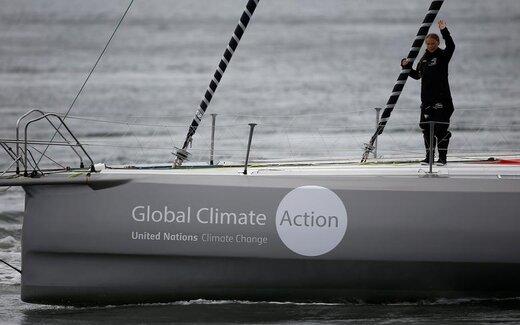 آغاز سفر دریایی گرتا تونبرگ، دانشآموز مدرسه و فعال محیطزیست سوئد، از پلیموث انگلستان به نیویورک