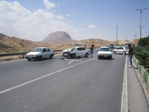 تصادف زنجیرهای در شیراز