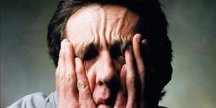 5242695 - علائم پنهان افسردگی که تاکنون نشنید اید !