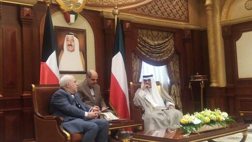 ظريف لولي عهد الكويت: نحن وانتم باقون في المنطقة والغرباء سيرحلون عنها