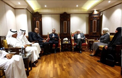 FM Zarif discusses regional issues with Iran-Kuwait Friendship Group