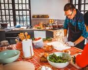 """""""سیاحة الطهي الإيراني"""" للسياح الأجانب.. تجارب أكل وشرب فريدة لا تنسى!/صور"""
