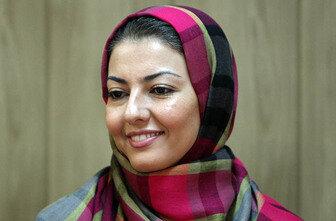 آناهیتا همتی روی صحنه تئاتر/ عکس