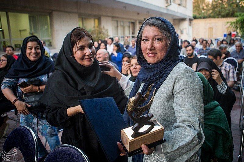 تصاویر | از فریبا متخصص تا بیوک میرزایی در اولین ایستگاه رادیویی ایران