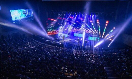 این خوانندگان، در روزهای کرونایی، در برج میلاد کنسرت میدهند