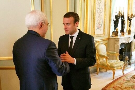 Iran FM meets with French president in Paris