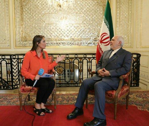 """محمد جواد ظريف: """"سياسة الترهيب الأمريكية لن تنجح مع الإيرانيين"""""""