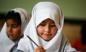 فرزندان اتباع غیرقانونی با مجوز خاص وزارت کشور در مدارس ثبتنام میشوند